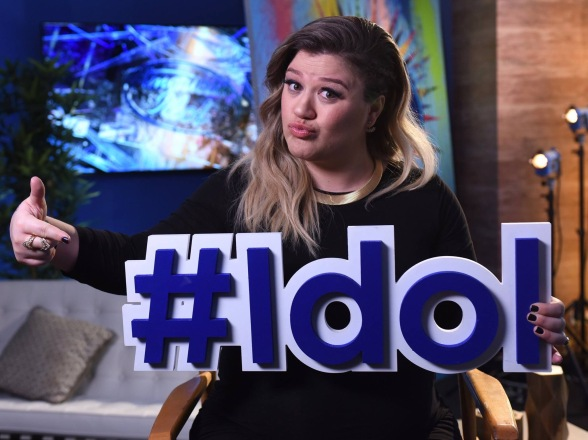American Idol Season 15 Top 10, Kelly Clarkson